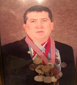 МС МК ,  Чемпион СССР, Чемпион Азии и Океании , многократный победитель Международных турниров, Чемпион Казахстана Заслуженный тренер РК   Сергеев А.